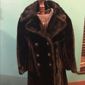 Jackets & Blazers - Faux fur coat women's small-medium 3/4 arm sleeve!