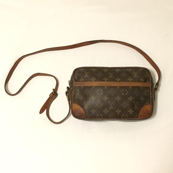 146d9fa61d0 Vintage Louis Vuitton Trocadero 27