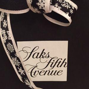 Saks Fifth Avenue  Accessories - Saks