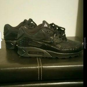 Women's Nike Air max 90 black size 7