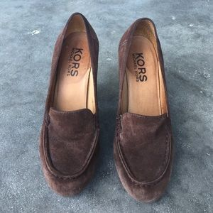 Michael Kors brown suede pumps