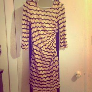 🎀 SALE! Gorgeous Beautiful Gold & Black Dress!