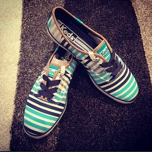 keds Shoes - 👍3xHost Pick👍Brand new blue stripes Keds shoes