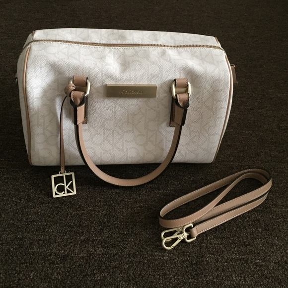 9f6d43dc607e Calvin Klein Handbags - Calvin Klein Boston   Speedy Bag