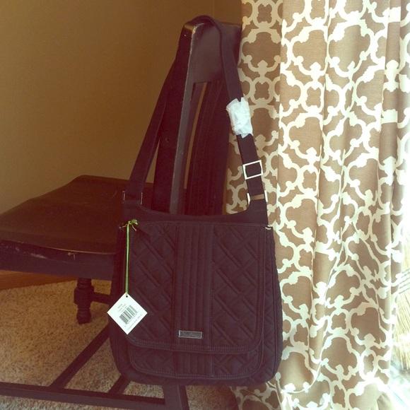 Vera Bradley Mailbag Crossbody Classic Black a2ff085154a63