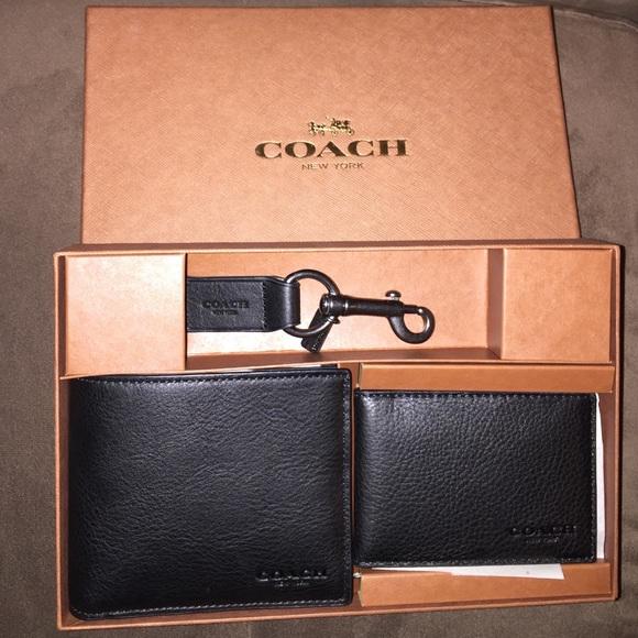 b6d563149b Coach Mens Wallet Gift Set. NWT