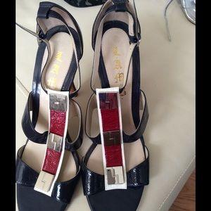 L.A.M.B. Shoes - Beautiful Lamb Red, White & Blue Sandal!