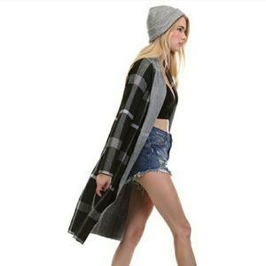 Tea n Cup Sweaters - 2X HP||⭐ NEW! Black Plaid Longline Cardigan