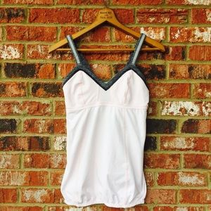 lululemon athletica Tops - = SALE = LULULEMON baby pink LIGHT UP TANK GUC
