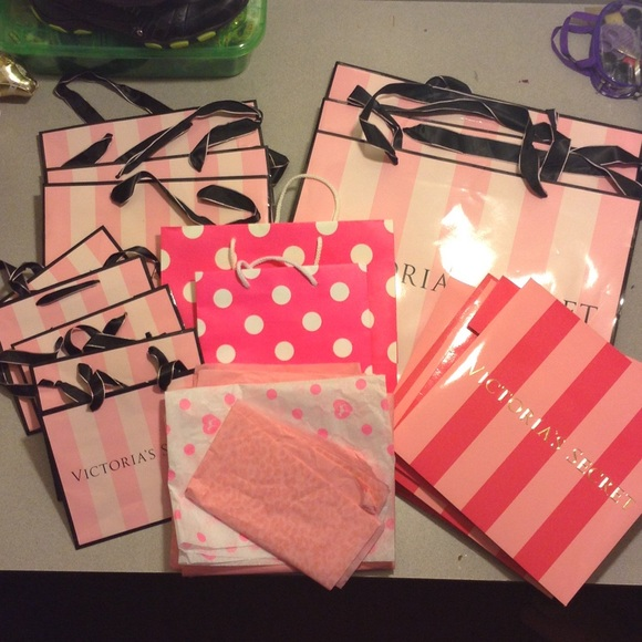 New Victoria/'s Secret SMALL PAPER BAGS GIFT SHOPPING BAG SET OF 3 OR 6  VS