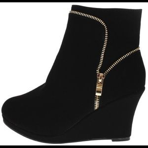 Shoes - Zipper Wedge Ankle Boot