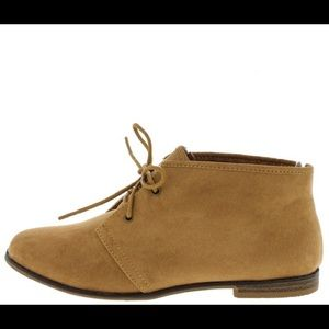 Shoes - Flat Ankle Boots