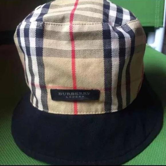 Burberry Accessories - Burberry London Bucket Hat ce12bf60abb