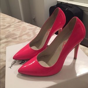 Alice + Olivia Shoes - Hot Pink Patent Alice & Olivia Pumps