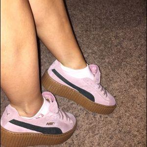pink pumas creepers