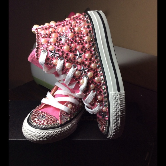 846e01bca200 Girls converses custom made any color