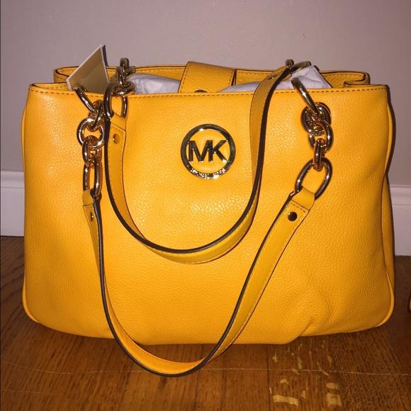 32b56ca7b60d Buy michael kors fulton bag yellow   OFF44% Discounted