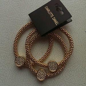 Jewelry - 3 Circle Bracelet w/ Rhinestones