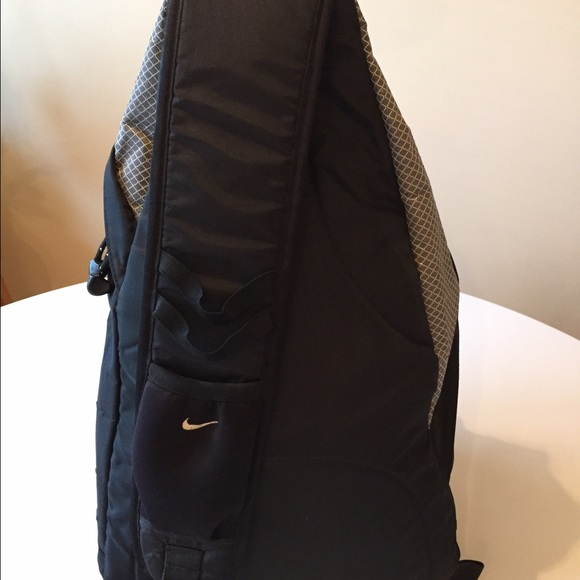 cace28d619 nike single strap backpack