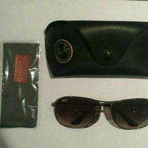 Ray-Ban Accessories - 100% authentic ray Ban cockpit sunglasses
