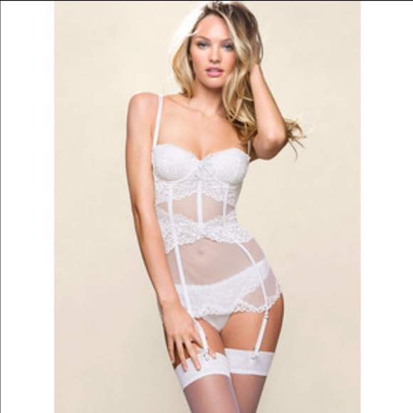 ca1e5630d0225 Victoria s Secret Bridal Lingerie. M 5674949aafcd0ea666012e3c