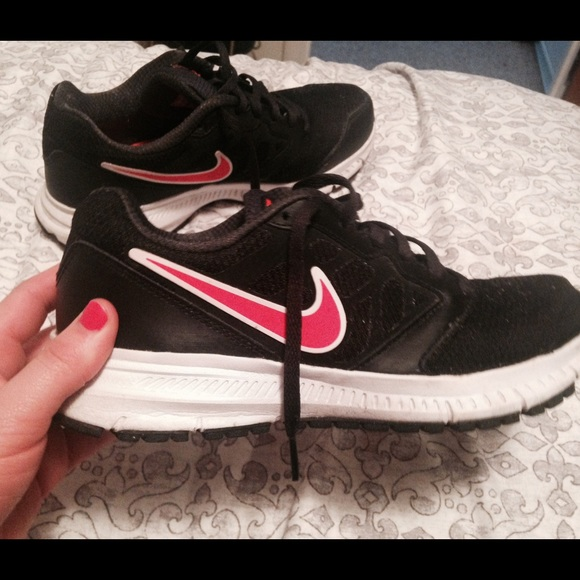 Nike Shoes | Selling My Used Less Than