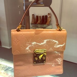 Louis Vuitton vernis Spring street marshmallow bag