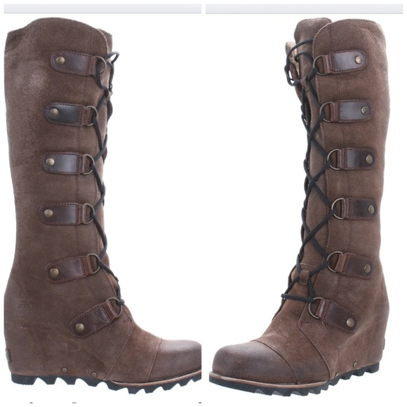 db342fe9794 SOREL Joan of Arctic Wedge Leather Lace-up Boots. M 5674f7b601985e46aa005695