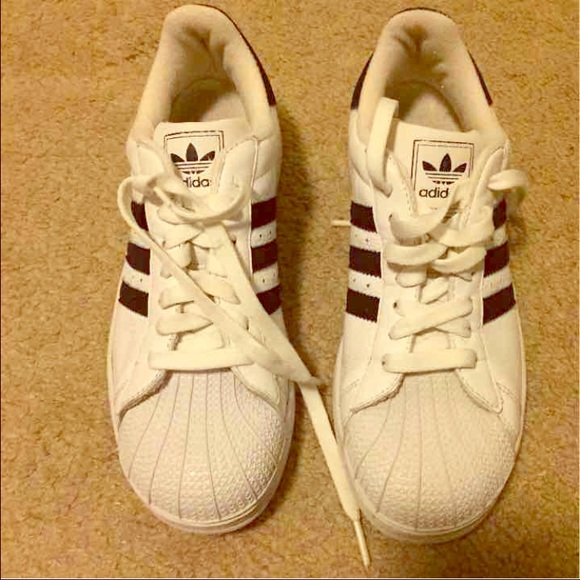 adidas superstar mens vs womens