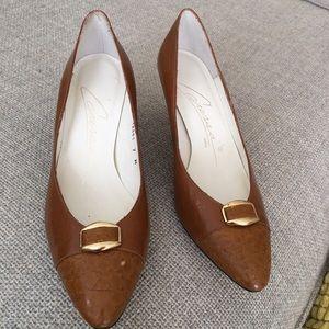 Vintage caressa heels