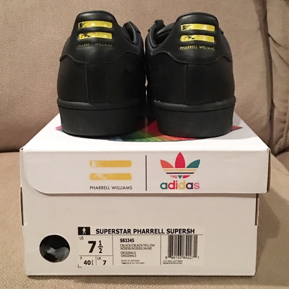 Mens Adidas SuperStar Sneakers Size 7.5