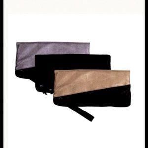 Lia Larrea Handbags - Lia Larrea Tara Clutch 4-in-1 (Black)