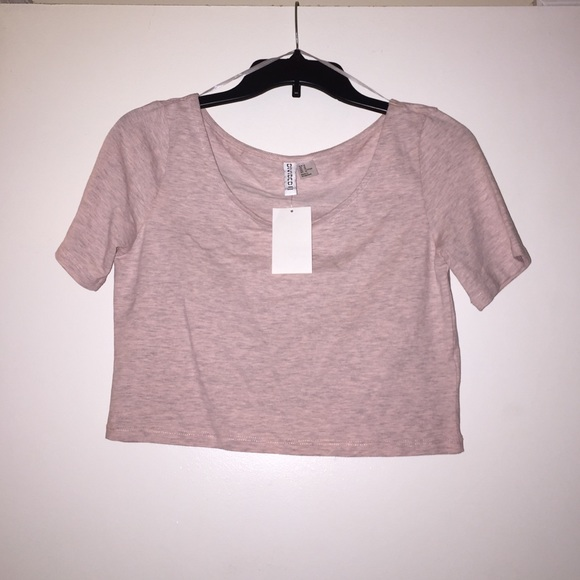 2de7b57f48e98 Divided Basic Crop Top