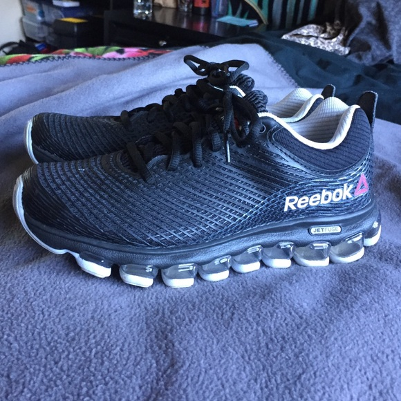 8f74571be6d3 Reebok JetFuse Running Shoes. M 5675d64478b31ce391007ecf