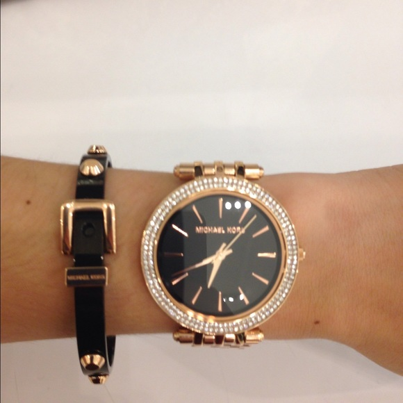 a565024e5c7e Authentic Michael Kors watch Rose gold and black