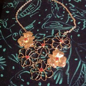 Jewelry - B2G1🆓️ NWOT Golden Hibiscus & Orange Gem Necklace