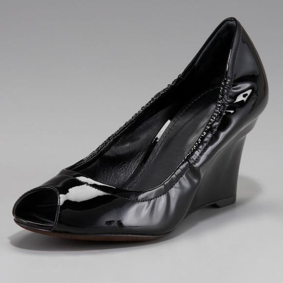 40 Off Vera Wang Shoes Vera Wang Lavender Jesse Peep