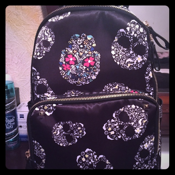 fd023f439a7645 NWOT SKULL BACKPACK FROM TJ MAXX. M_5676eaa413302a5410020503