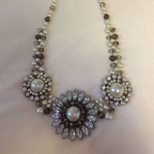 Chunky beaded and pearl necklace