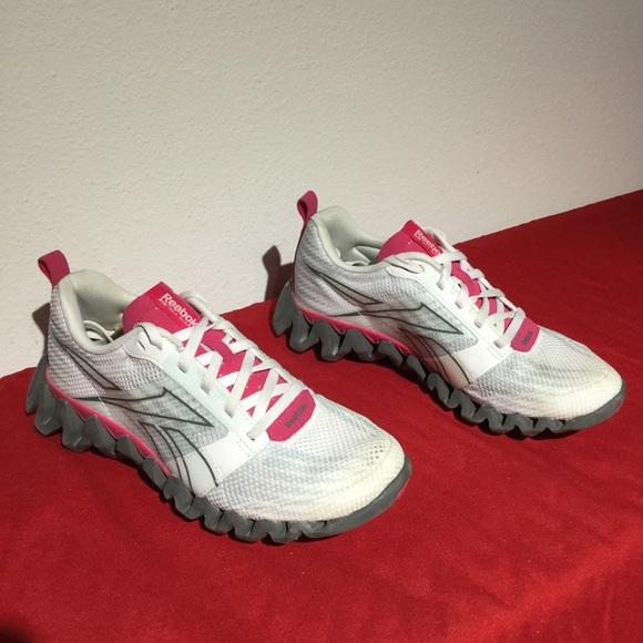 d394e2a8a Reebok Shoes - REEBOK ZIGTECH SHARK 3.0 white pink . w7.5 eu38