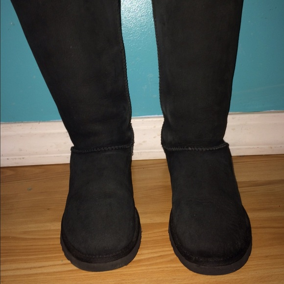 womens tall bailey bow uggs size 9