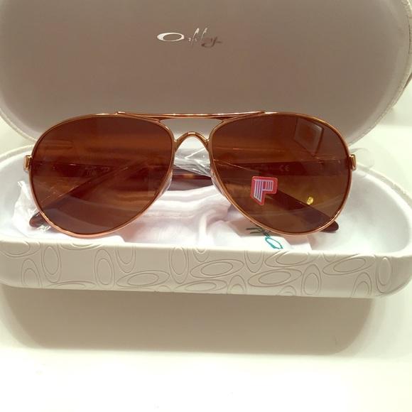 8077221982f Oakley tie breaker aviator sunglasses