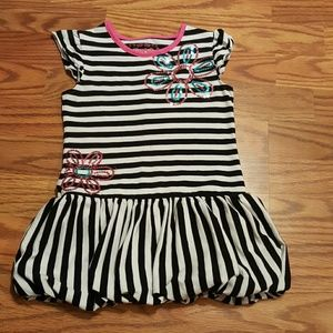 Flapdoodles Other - Flapdoodles Girls Youth Size 6 Stripe dress Ruffle