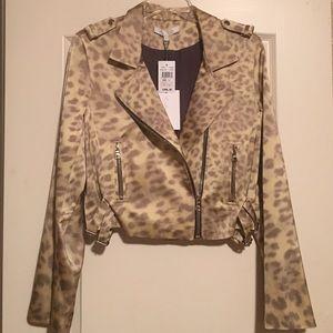 🆕LISTING Leopard Print Biker Jacket