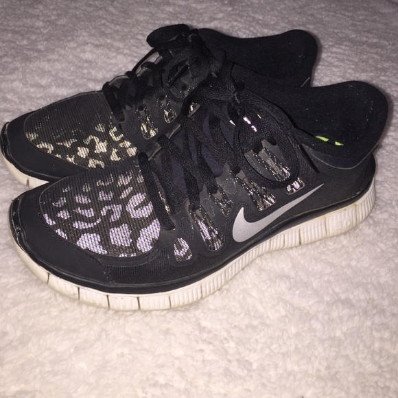 best service 19aa1 906ed Reflective cheetah Nike free 5.0 water repellent