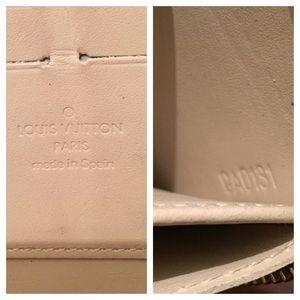 Louis Vuitton Bags - Auth. Louis Vuitton Limited Ed. Blanc Corial set