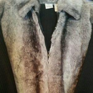 Sweaters - Faux Fur sweater