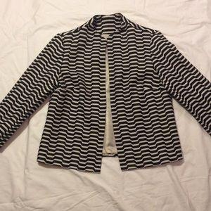 Optical illusion striped light jacket