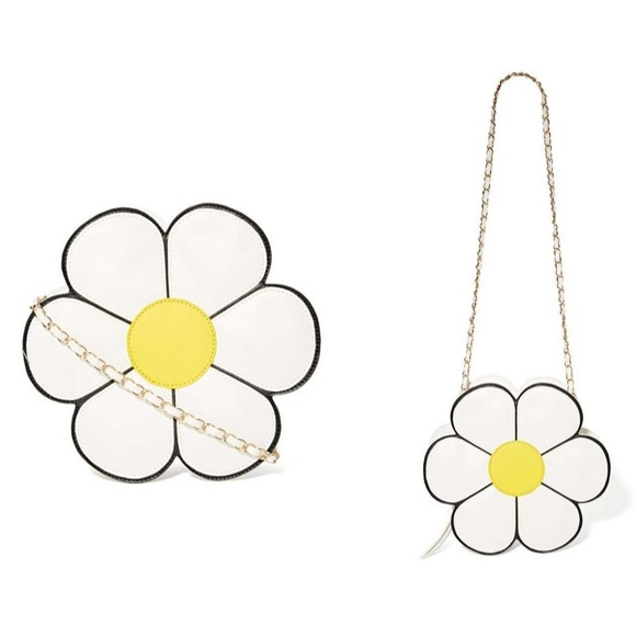 Daisy Bag from Nasty Gal