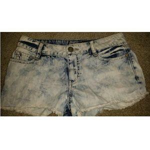 Decree SIZE 7 shorts
